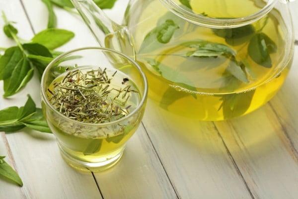 Teatox - czy herbaciany detox naprawdę działa?