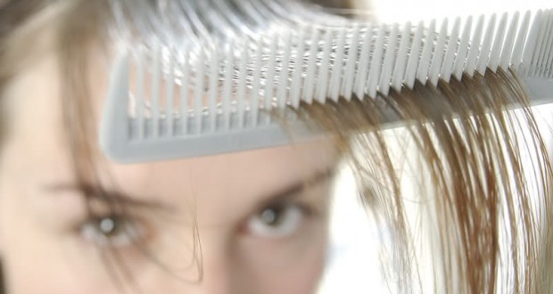 Dlaczego łysieją kobiety a dlaczego mężczyźni?
