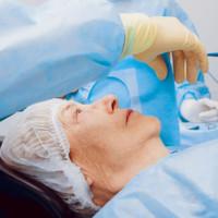 Czy operacyjne leczenie zaćmy to jedyna możliwość?